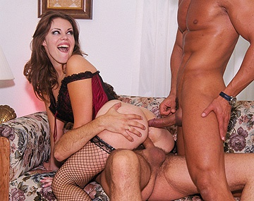 Private  porn video: Gia Paloma Holds on Tight While Getting a MMF Threesome with a DP