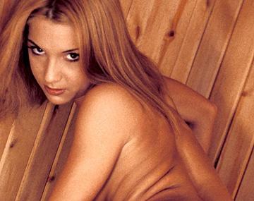 Private  porn video: Bettina Isabella Liza and Noemi Are Having Lesbian Sex in the Sauna