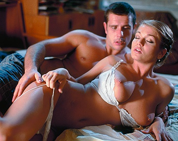 Private  porn video: Sexo pasional entre Rita Faltoyano y su novio