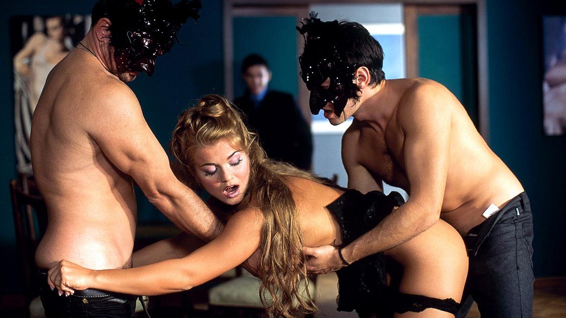 Порно Фильм Под Маской