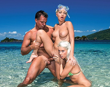 Private  porn video: Jennifer Love and Nesty Are Lesbian Scuba Divers Who Fuck under Water
