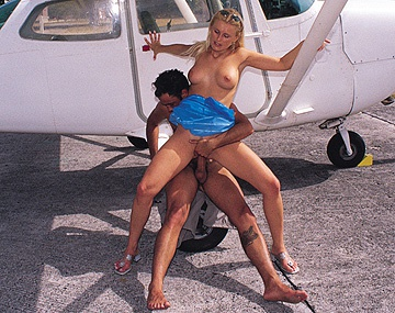 Private  porn video: Sandra Russo Joins Mile High Club by Having Hardcore Sex on a Plane