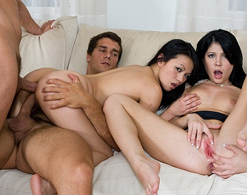 Private  porn video: Gonzo Style con Lady May y Rebeca Linares, adictas al anal