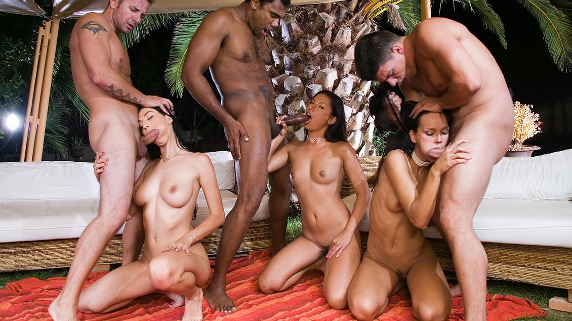 Boroka borres threesomes - 1 3