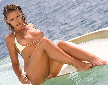 Private HD porn video: Kathy Campbel Has Dirty Sex on an Old Log in the Sea