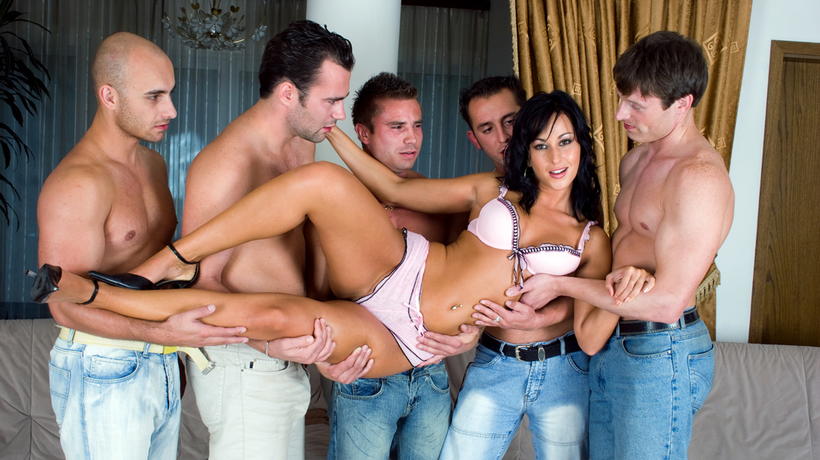 Simonne Style Gets Shaved Pussy Screwed during Hardcore Gang Bang