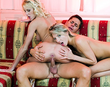 Private HD porn video: ATM Blondes Janet Alfano & Justine Ashley Love to Cumswap