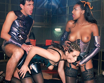 Leather Fetish Porn Stars - Beautiful Ebony Bettina Has Fetish Trio With Lisa Sparkle