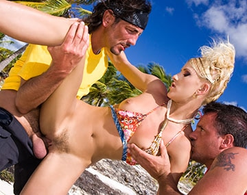 Private  porn video: Justine Ashley Has DP Threeway in Tropical Paradise