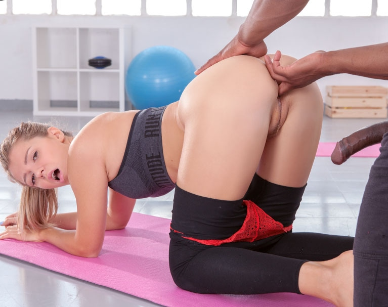 Private HD porn video: Mary Kalisy, interracial fuck in the gym