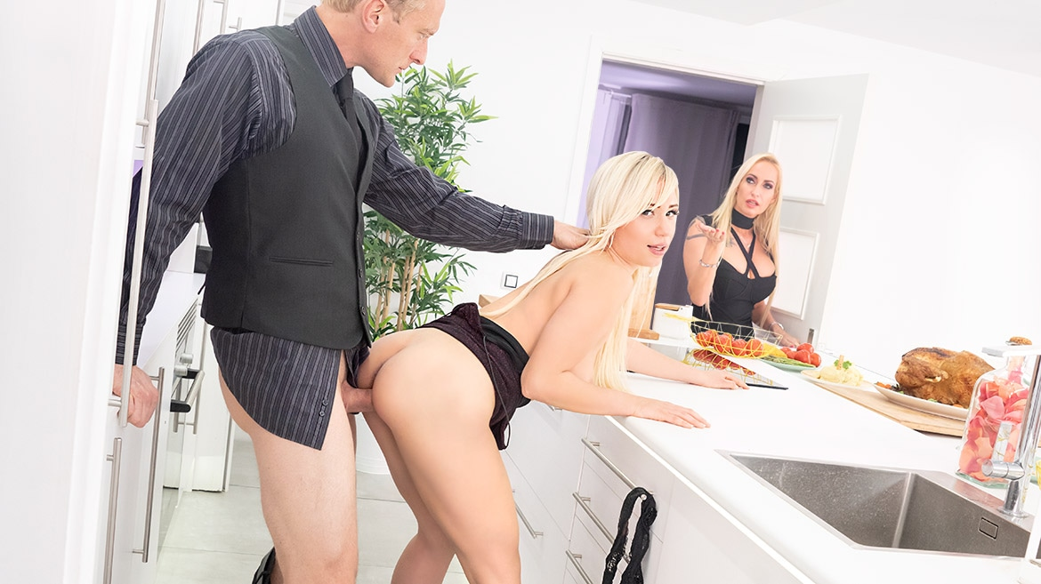 Thanksgiving Day Fuck with Father In-law