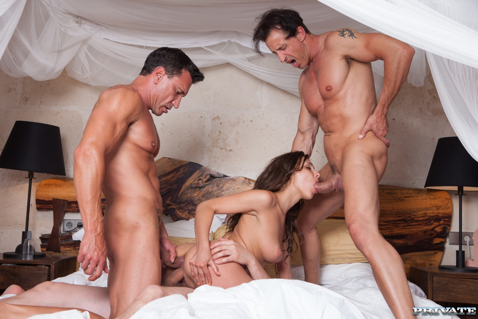 two-men-one-women-naked